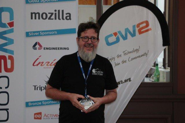Benoit Mortier Recoit le OW2 market award pour FusionDirectory